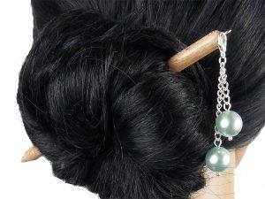 "Haarstab ""Natur"" mit Charm Perlenkette ""Hellblau"" Farbwahl"